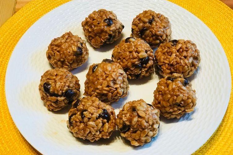 Organic Peanut Butter Balls