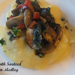 87d33c51-33dc-423c-86ee-23e4624898c5--chicken_polenta_mushrooms_greens_012a