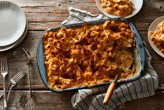 Fall Mac & Cheese With Butternut Squash & Bacon