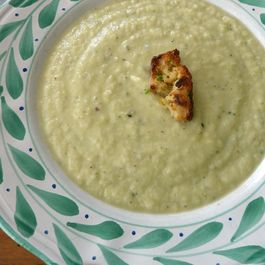 Creamy Leek-Cauliflower Soup for a Snowy Day