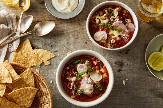 9 Delicious Chili Recipes—Including One That's *Juuust* Right For You