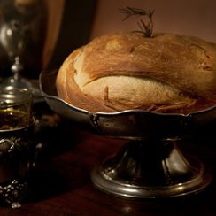 Chesnica (Serbian Christmas Bread with Coin)