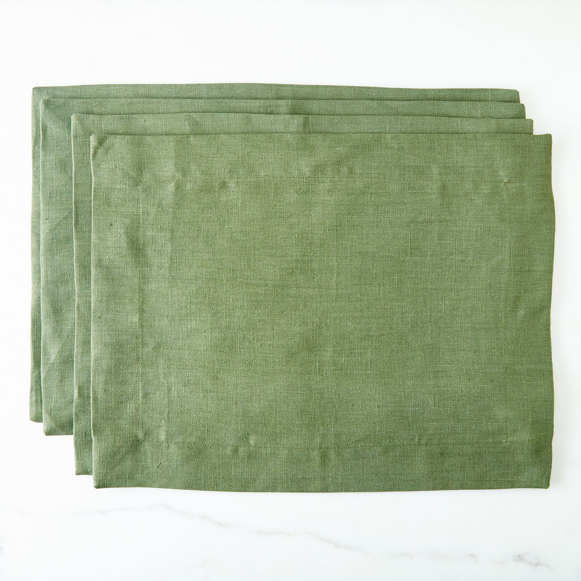 2075406c a0f9 11e5 a190 0ef7535729df  2015 1009 lakeshore linen holiday linen placemats set of 4 green silo rocky luten 016