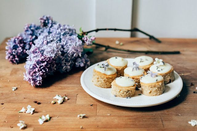 Lemon and Lavender Mini Cakes