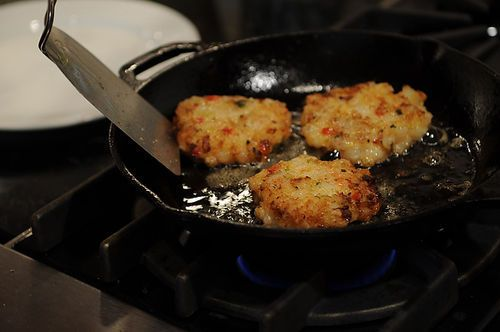 Shrimp Burgers with Roasted Garlic-Orange Aioli Recipe on ...