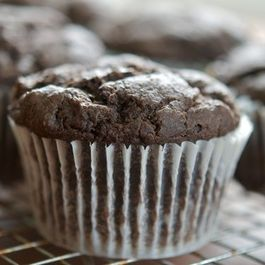 Chocolate Persimmon Muffins & Finding the Perfect Fruit