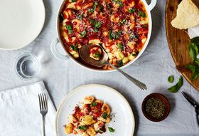 E93335f9 106b 46a0 b1df f97f16f00af9  2017 0518 baked gnocchi with marinara and basil julia gartland 25814