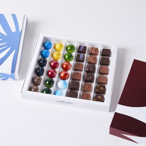 andSons Chocolatiers Signature Collection Box