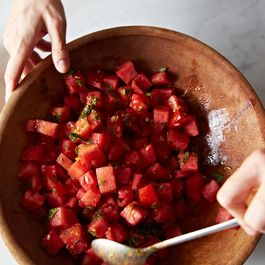90bb9b69-59b8-4444-abdc-02df46a5d335--2013-0813_cfea-watermelon-salad-228