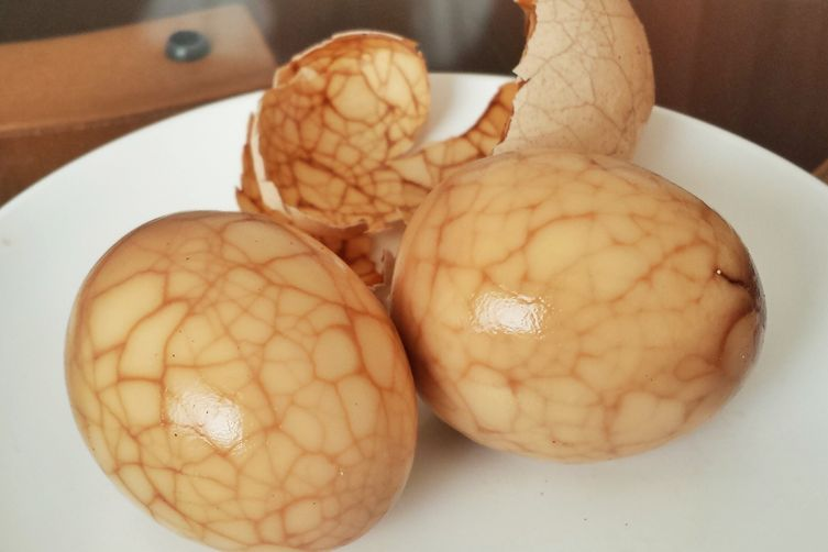 Chinese Marbled Tea Eggs (茶叶蛋 - Cha Dan)