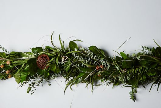 Fragrant Pod Garland