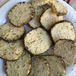 Parmesan Pesto Crackers with Basil