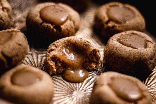 Dulce de Leche Thumbprint Cookies