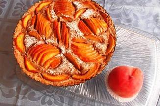 A207fe54 321e 4edd a415 c2ce82a26e2f  almond peach tart