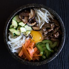 Bibimbap (Mixed Rice With Vegetables & Beef)