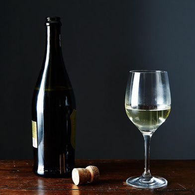 Here's How to Chill Any Wine in 7 Minutes Flat