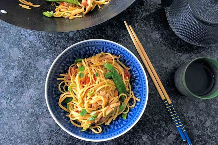 Chicken chow mein recipe on food52 chicken chow mein forumfinder Image collections