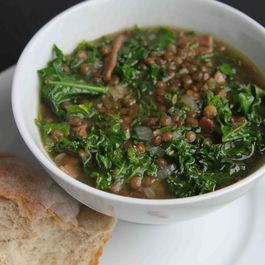 5452d386 b1c3 4e11 9711 f41d7f224fb9  kale and lentil soup