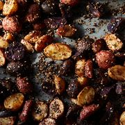 F166955f b491 4fbd a133 7a269ff0ca55  2016 1025 roasted potatoes with homemade zaatar mark weinberg 240