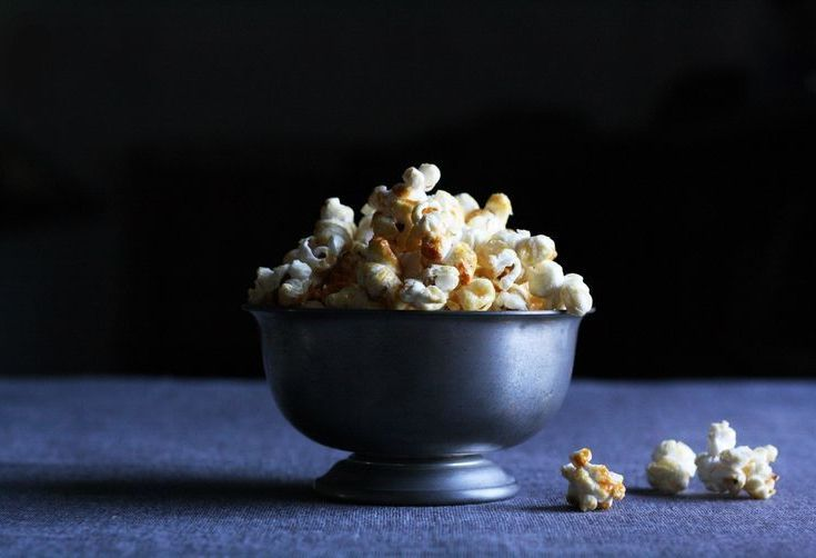 "9 Foods to Stress-Eat While Marathoning ""True Detective"""
