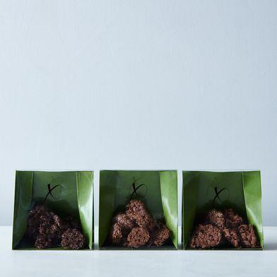 Xocolatti Hazelnut & Dark Chocolate Clusters (3-Pack)