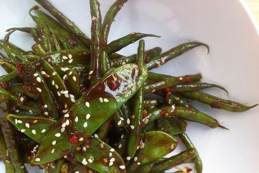 Sweet and Spicy Asian Green Beans