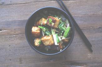 C1533c22-7fe0-404c-9530-52d3a5c0c664--tofu_with_white_soy_spring_alliums