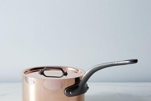 Mauviel M150c Lidded Copper Saucepan with Cast Iron Handles, 1.9QT