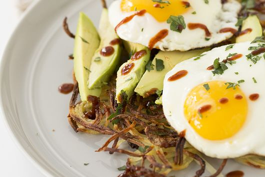 Spiralized Potato Breakfast Pie with Avocado and Fried Egg