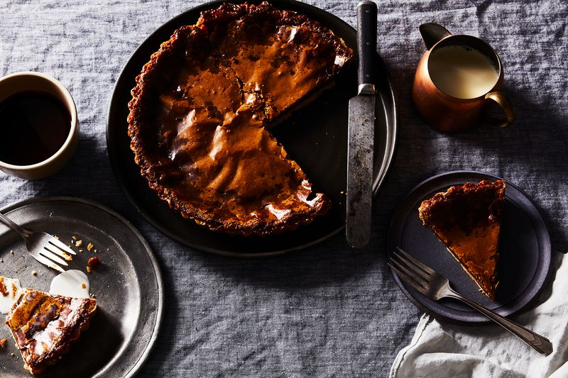 Golden, sticky maple syrup cozies up to a comforting hazelnut crust.