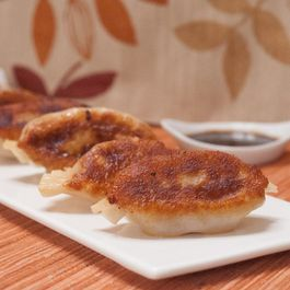 4b01960d 6b54 4853 bb28 6a00bdea7536  homemade chinese chicken pot stickers 480x340 2x