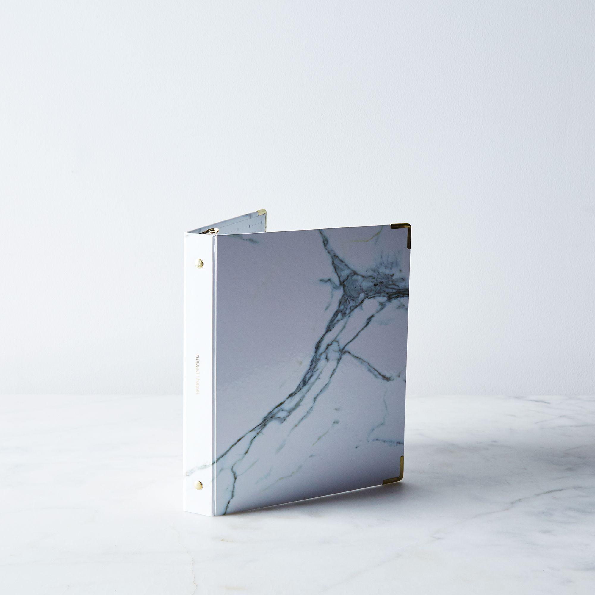 E3a9494e a0f8 11e5 a190 0ef7535729df  2015 0916 russell hazel mini binder marble silo bobbi lin 2451