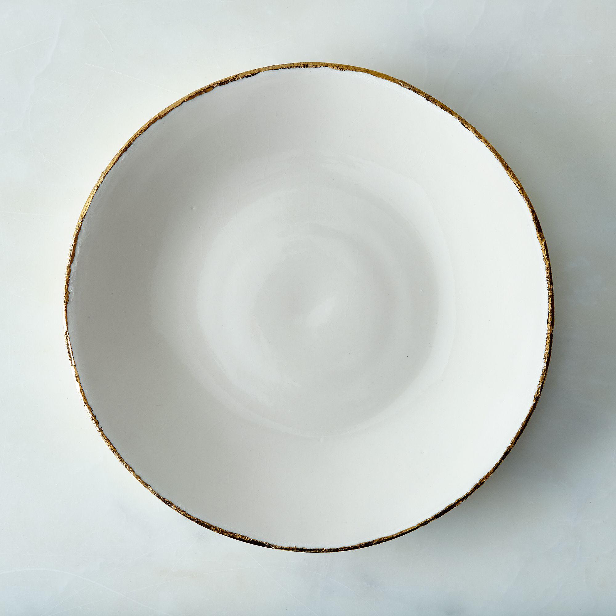 F328d95b acf4 4a1e a468 683597b7b58e  2016 0328 sarah cihat edge porcelain gold rimmed dinnerware ivory dinner plate silo rocky luten 004