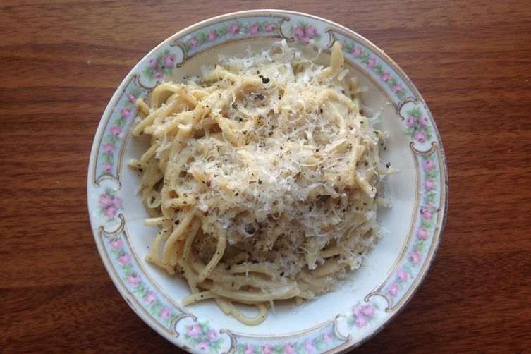 Cream sauce with fennel, white wine, and mustard