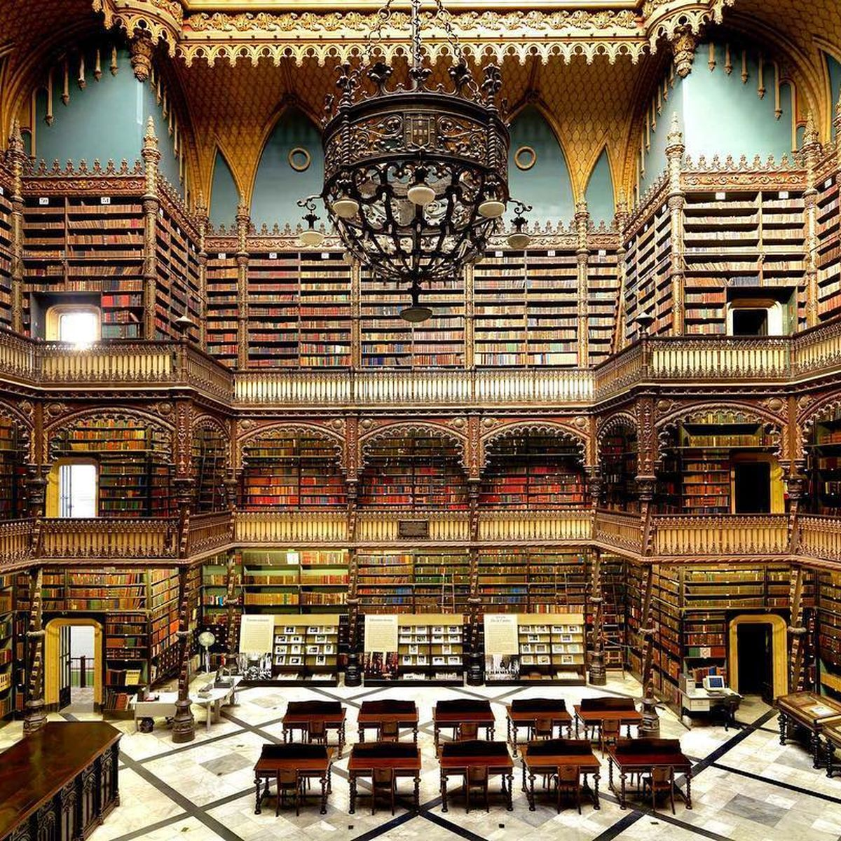 Best Most Beautiful Libraries In The World