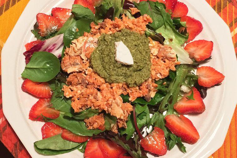Two-Way Pesto-Presto Salad with SeaBear Ready-to-Eat Wild Sockeye Salmon