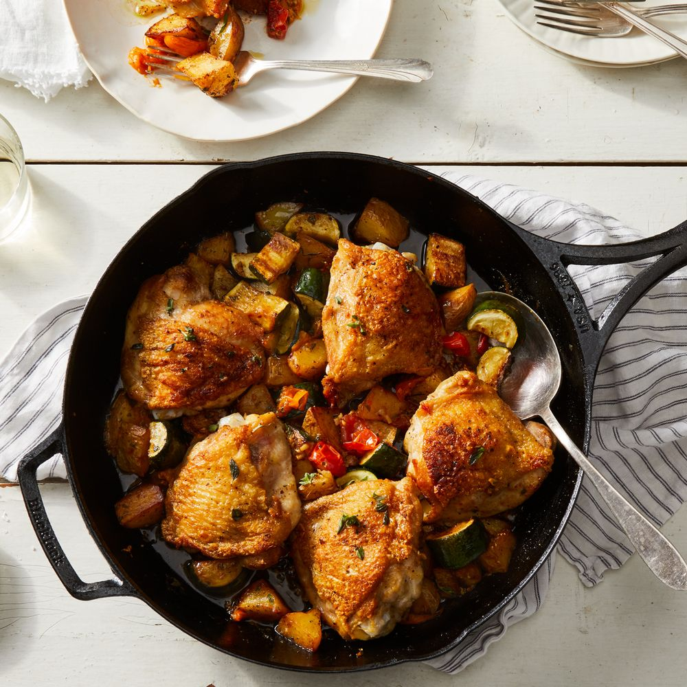 Roasted Chicken Thighs With Peppers Potatoes Recipe: Easy One-Skillet Chicken Thighs With Crispy Roasted Potatoes