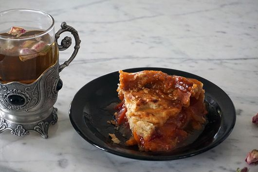 Apricot and Almond Deep Dish Pie