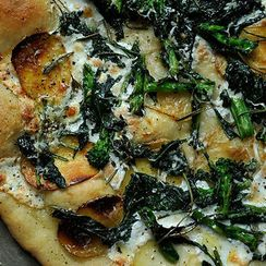 No-Fuss Entertaining: 6 Pizza Recipes