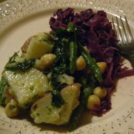 Braised Red Cabbage (Rotkraut) - (Vegan, Gluten Free, Low Fat)