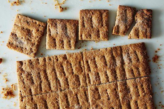 Homemade Graham Crackers + 5 Ways to Eat Them