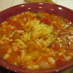 Marilyn's White Bean and Tomato Soup