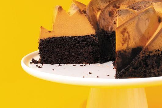 Esteban Castillo's Dulce de Leche Chocoflan Cake