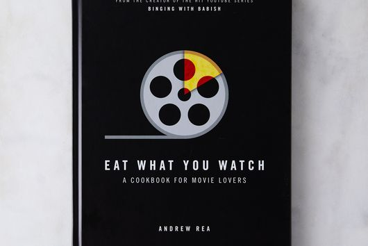 Popcorn Popper & Eat What You Watch Cookbook