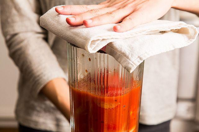 blending tomato soup