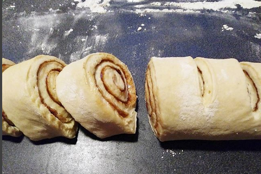 Secretly Vegan Cinnamon Rolls