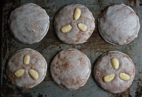 How to Make Elisenlebkuchen: (Practically) Flourless German Gingerbread