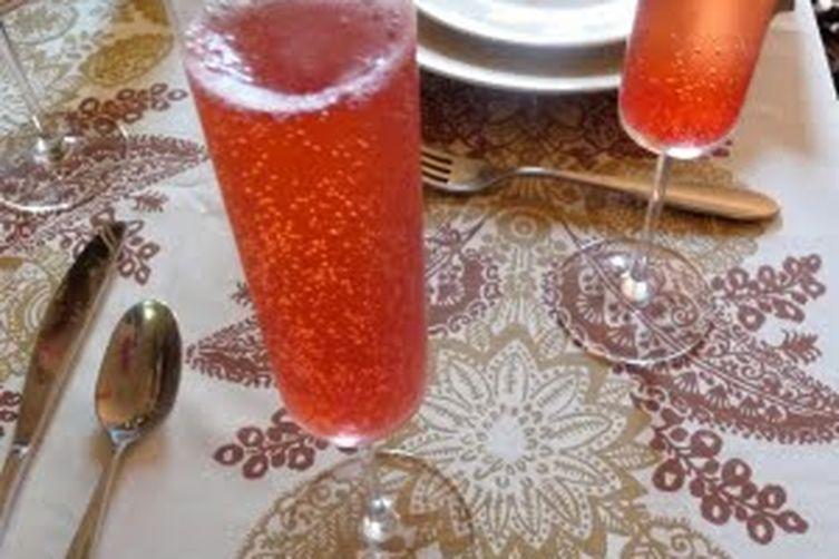Cranberry-Ginger Sparkler