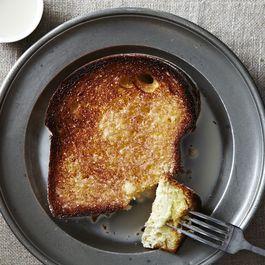7 Ways to Transform Bread Into Dessert