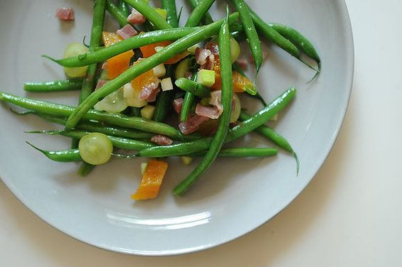 Green Beans with Apricots